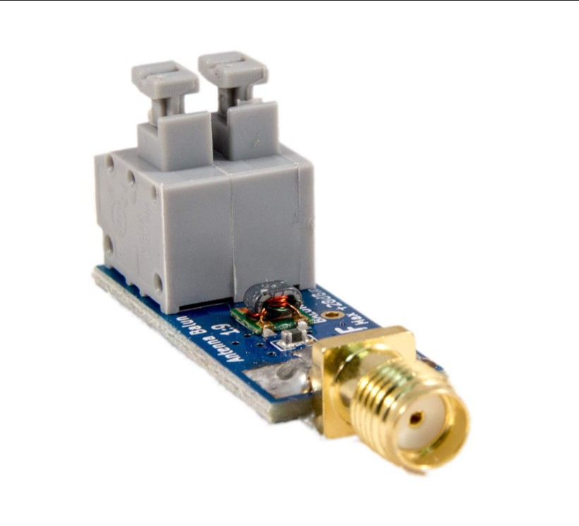 Miniature 1: 9 HF Antenna Balun