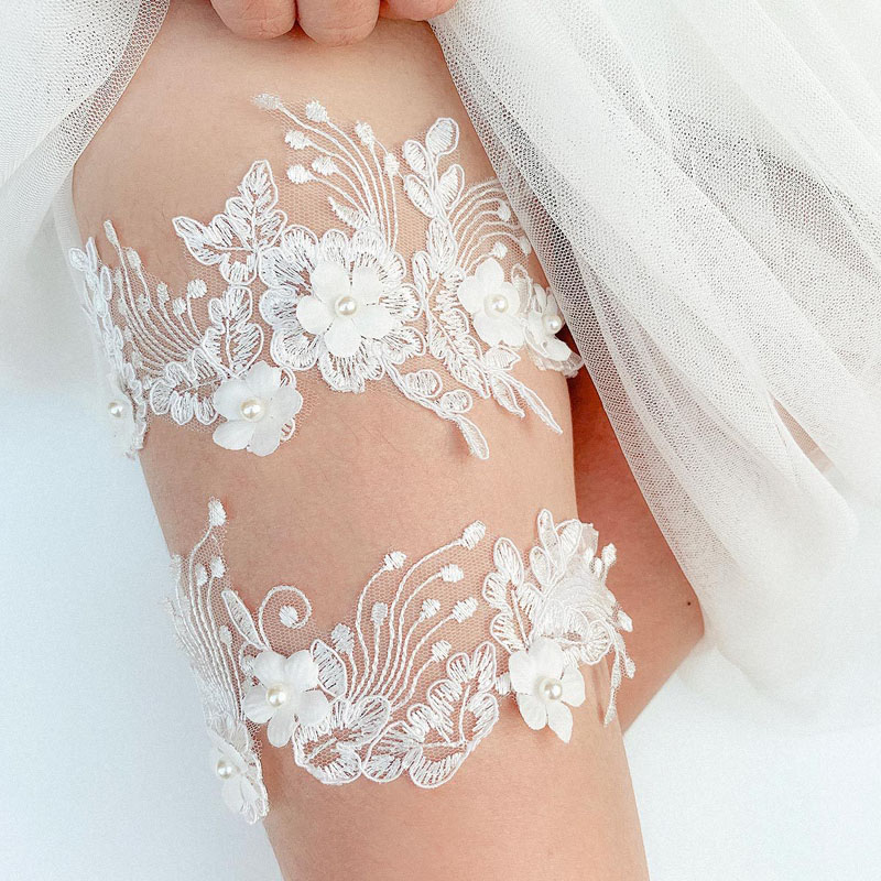 SLBRIDAL Sexy Lace Flower Crystal Rhinestones Pearls Wedding Garter Belt Bridal Thigh Leg Garter Ring For Women/Female/Bride