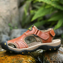 2021 Summer Beach & Outdoor Sandals Men Non-slip Velcro Genuine Leather Water Shoes Breathable Soft Aqua Shoes Hiking Sandals