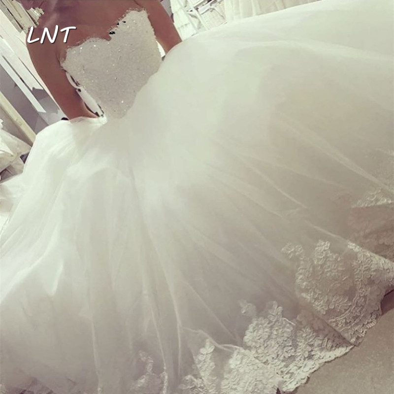 Sleeveless Princess Wedding Dresses With Lace Trim Sweetheart Bridal Dresses With Beaded Lace Bodice