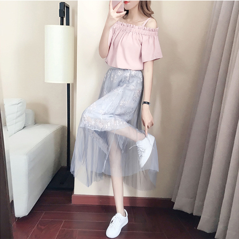 Dress Female Spring 2019 New Style Off-Shoulder Tops Embroidered Gauze Half-length Skirt Immortal Two-Piece Set Summer