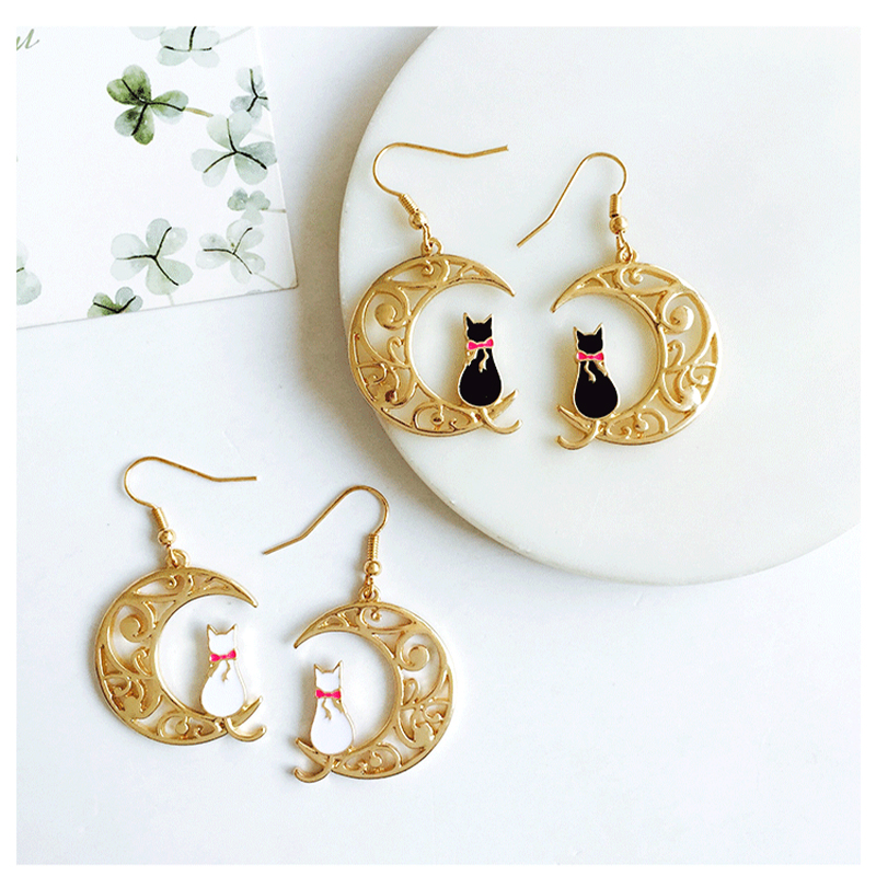 Sterling Cut Litter Cat Moon Stud Earrings Simple Jewelry Gift Small Animal Earrings S-E123