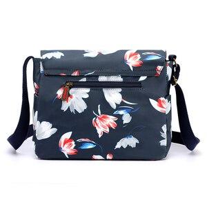 Image 4 - Bolso de hombro con estampado de flores para mujer, bandolera de nailon resistente al agua, Retro