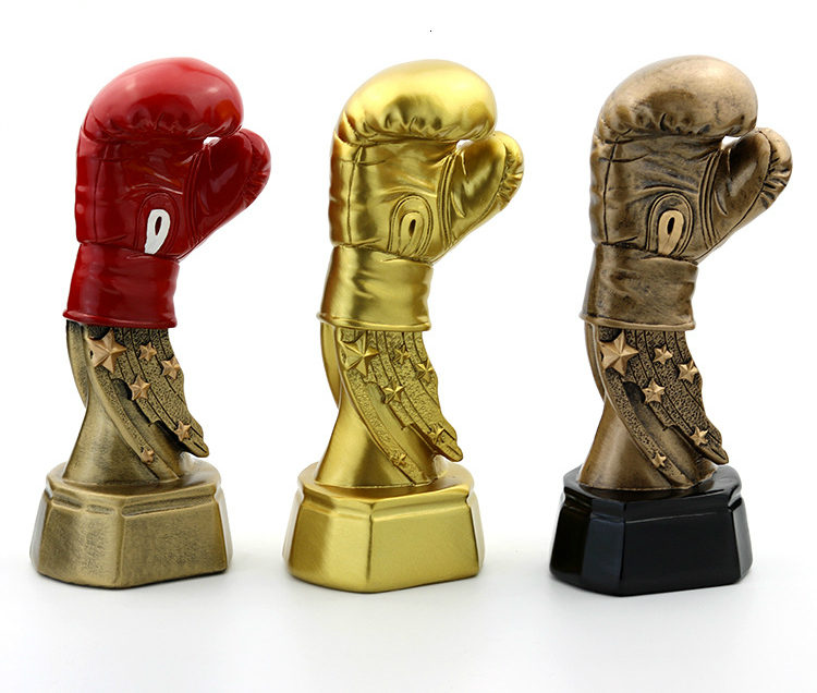 New Boxing Glove Trophy Replicas Electroplate Resin Craft Souvenir Boxing Trofeo Keepsake Trophies And Awards Souvenirs For Men