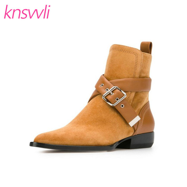 Women Ankle boots with golden buckle in brown suede and