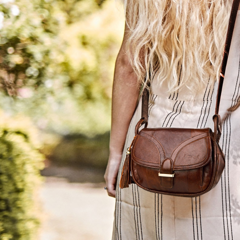 Bagaj ve Çantalar'ten Omuz Çantaları'de Ayakkabıcı Legend Marka Tasarımcısı 2019 kadın Hakiki Deri Vintage basit omuz çantası Kadın Crossbody Çanta Çanta Bayanlar Için'da  Grup 1