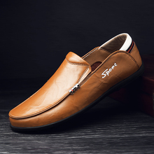 2019 Autumn Genuine Leather Men Casual Shoes Mens Loafers Moccasins Breathable Slip on Black Driving Shoes Plus Size 38-47 цена