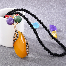Classic Women Pendant Necklace Retro Yellow Nuture Stone Drop Necklace Accessories Beads Long Sweater Chain Jewelry Wholesale