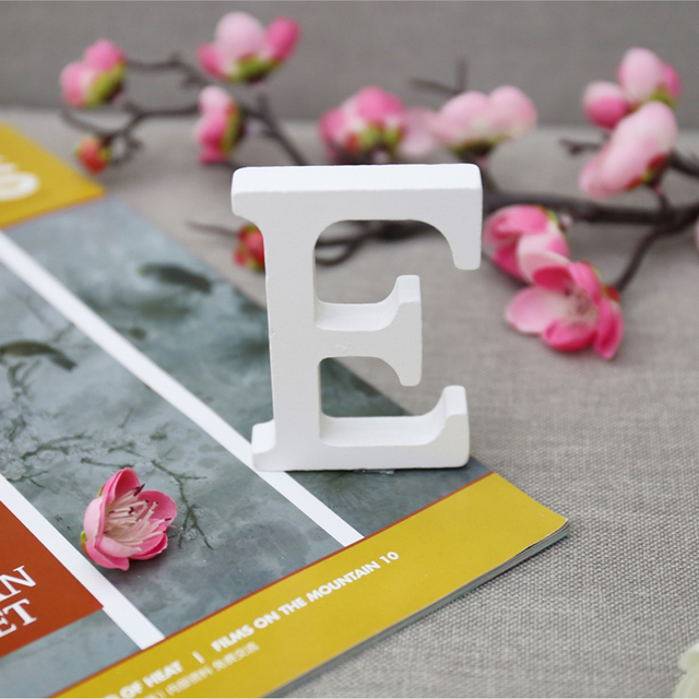 1pc White Wooden Letters English Alphabet Word Personalized Name Design Art Craft Free Standing Heart Shape Wedding Home Decor 4