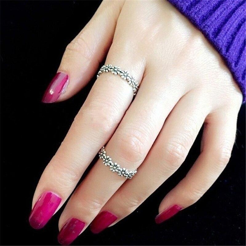 Retro 925 Silver Color Ring for Women Chrysanthemum Flower S925 Silver Anillos De Gemstone Bizuteria Dainty Cirle Ring Females