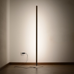 Skandynawska minimalistyczna drewniane led lampy podłogowe dla stół do pokoju dziennego lampa lampa stojąca sypialnia pokój dekoracyjne oświetlenie podłogowe Assoalho w Lampy podłogowe od Lampy i oświetlenie na