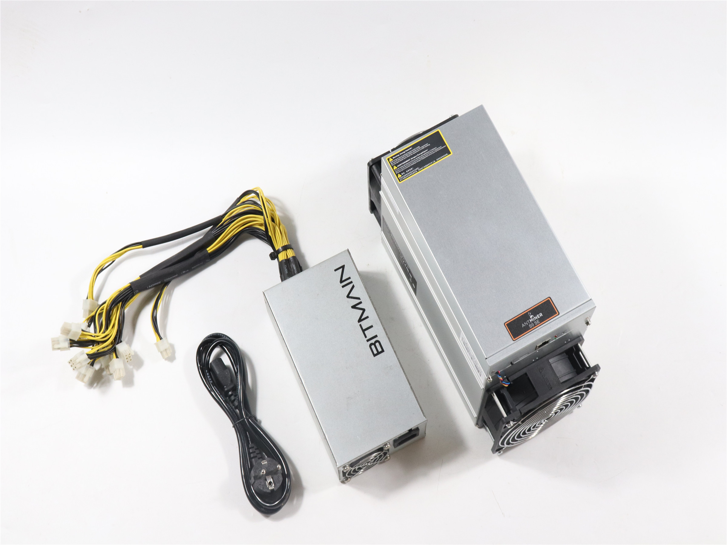 BITMAIN used AntMiner S9 SE 17TH/S With Power Supply BTC BCH Miner Better Than Antminer S9 13.5t 14t S9k S11 S15 S17 T9+ T15 T17-0