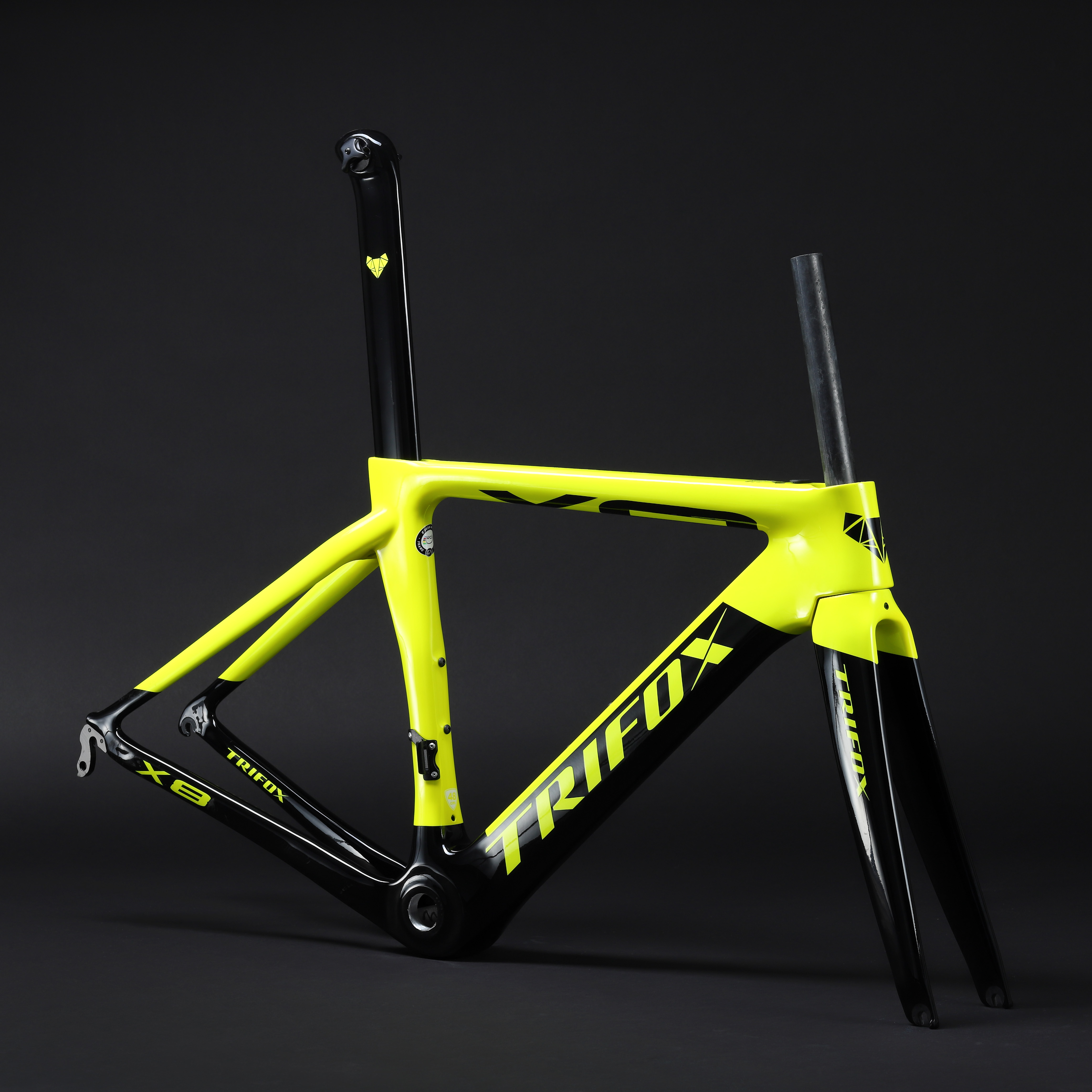 TRIFOX Carbon-Road-Frame Mechanical V-Brake Aero T800 Di2 title=