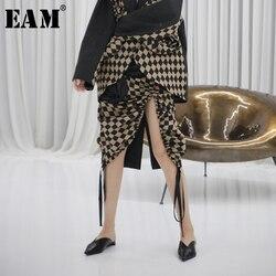 [EAM] High Elastic Waist Black Asymmetrical Plaid Flower Half-body Skirt Women Fashion Tide New Spring Autumn 2020 1R683