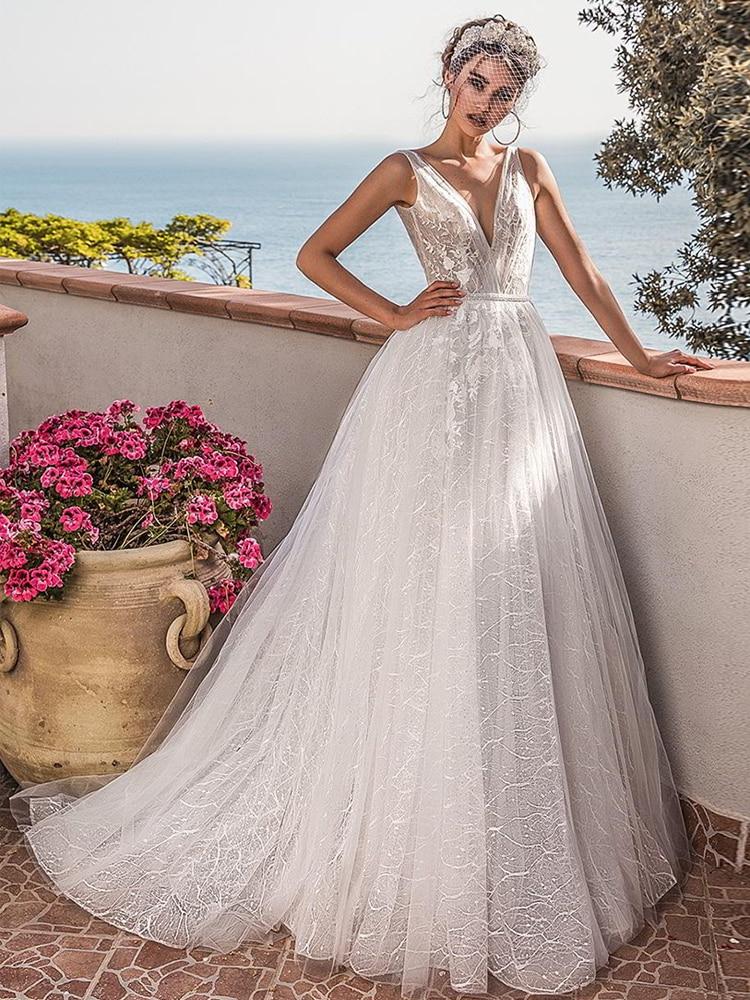 Verngo A Line Wedding Dress Lace Appliques Bride Dress Elegant Wedding Gowns 2020 Backless Robe De Mariee Vestido Boda Boho