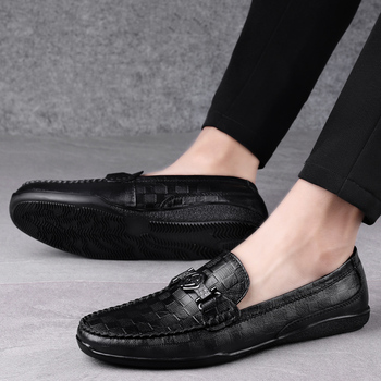 New Men Shoes Brand Genuine Leather Men Shoes Casual Loafers Men Shoes Luxury Brand Slip On Moccasins Italian Male Driving Shoes