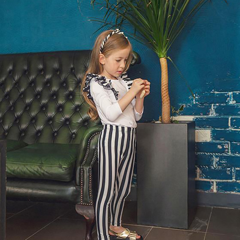 British Style Children Sun-resistant Two-piece Swimsuits Girls Swimwear GIRL'S Set Frilled Black And White Stripe Trousers