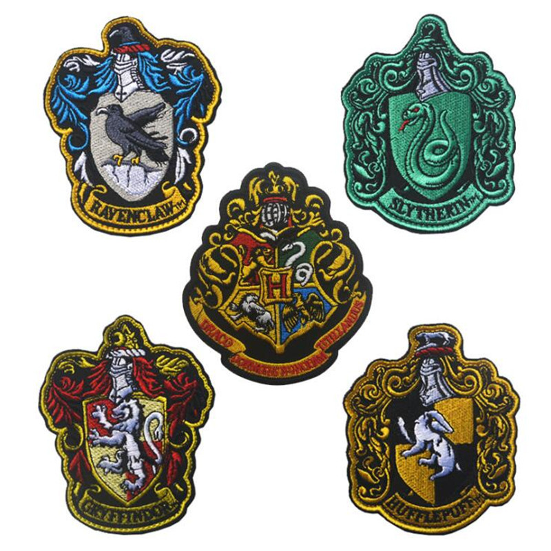 Movie Magic School Hogwarts Badge Cosplay Costumes Accessories Gryffindor Hufflepuff Ravenclaw Slytherin Embroidery Logo Sticker