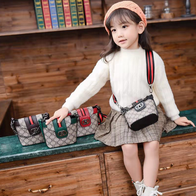 Winter New Style Fashion Korean Style GD Material Turnlock Girls Children Concave Modeling Purse Shoulder Bag WOMEN'S Bag Fashio