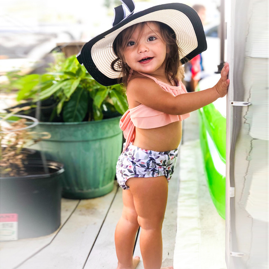 Girl One Piece Swimsuit Kids Halter Halter Leaf Print Split Vest Summer Hot Summer Swimwear Swimsuit Bikini Outfits L1206