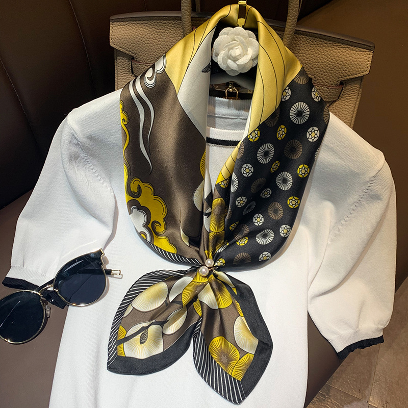 2020 Spring New Scarf Square 70x70cm Silk Feeling Scarves For Women Brand Designer Shawl Wrap Lady Neckerchief High Quality Silk