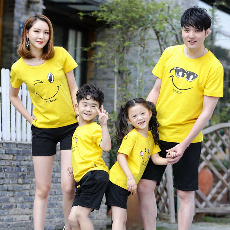 Family Matching Clothes Mother Daughter Outfits Cotton Casual T-shirts Family Look cotton mother father Son clothing