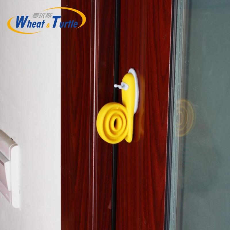 2 Pcs/lot Plastic Cute Cartoon Snails Baby Child Kids Safety Finger Protection Guard Windproof Door Stopper Gate Corner