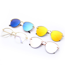 New Fashion Sunglasses Luxury Brand Design Lens Unisex Beach Fresh Alloy Frame High Quality Transparent