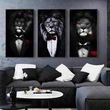 Черный дикий лев в костюме Брезентовая фотография абстрактный