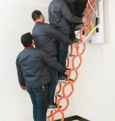 가정용 도구 세트 야외 벽 교수형 개폐식 계단 수동 접는 사다리 휴대용 텔레스코픽 계단 2.5-3 m