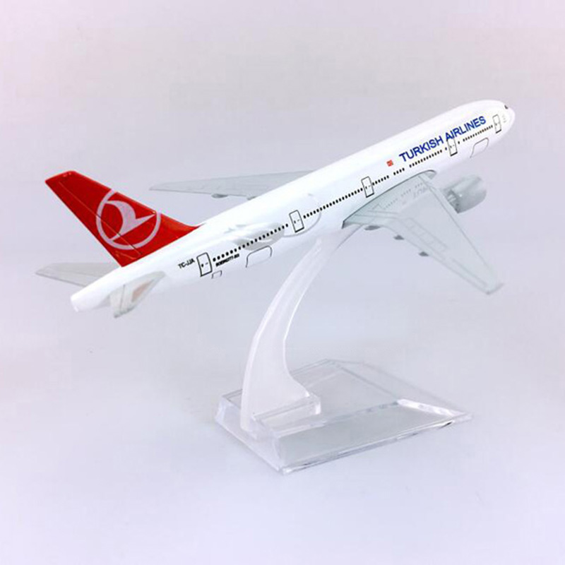 16CM Diecast Aircraft 1:400 Boeing B777-300 Model Turkish Airlines With Plastic Base Alloy Airplane Display Plane For Collection