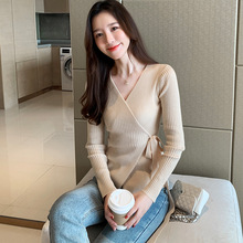 Spring 2020 new V-neck tie bow sweater fashion sweater women's long sleeve slim bottoming top cardigan frilled tie neck petal sleeve top