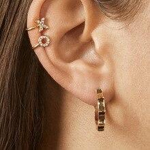 цена на 1pc 26 alphabet English Letters Crystal Rhinestone Ear Clip Earring for Women Fashion Ear Cuff Letter Cartilage Earrings Jewelry
