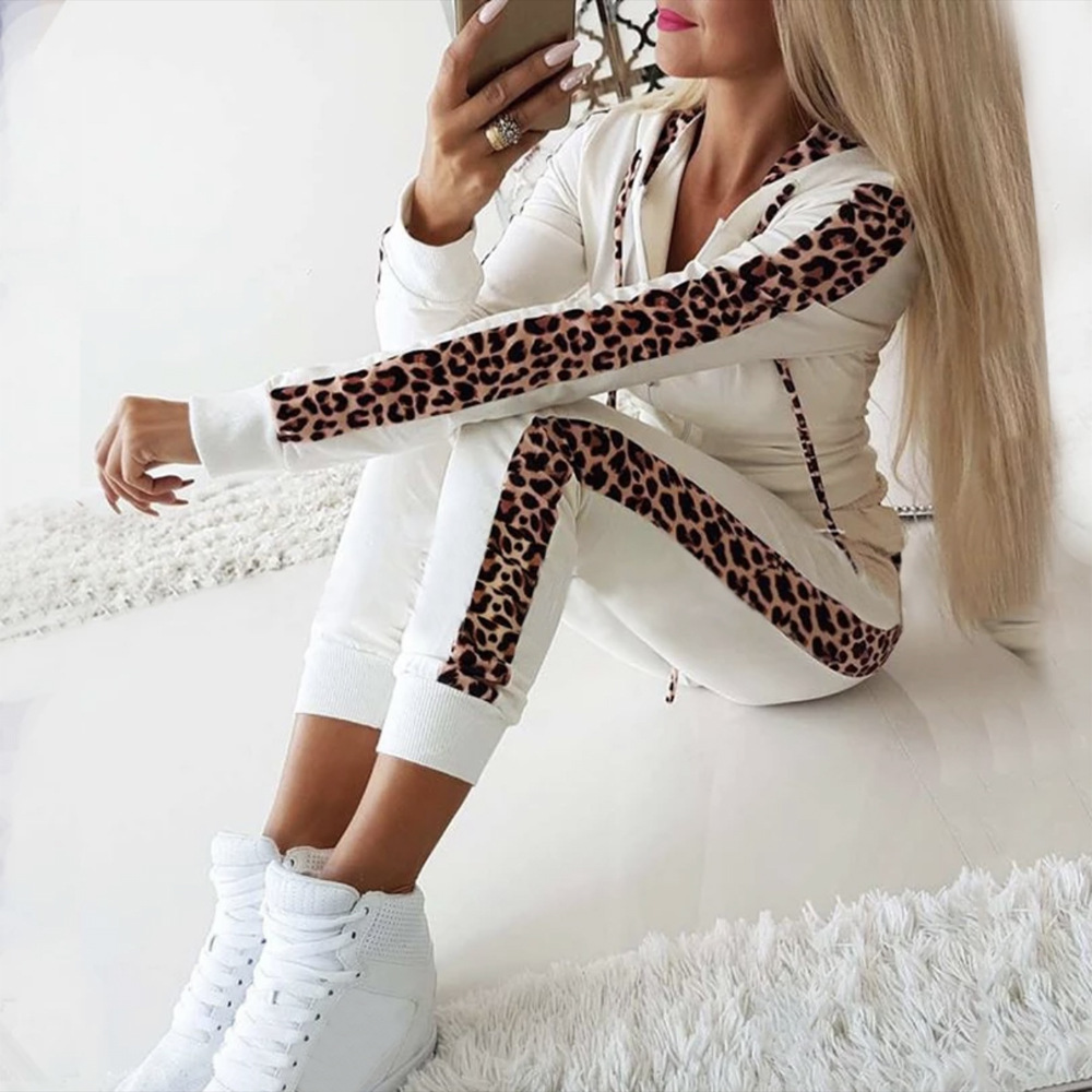 Two Piece Leopard Sweatsuit For Women Long Sleeve Zip Hooded Tops And Elastic Waist Pants 2019 Autumn Winter Casual Women Sets