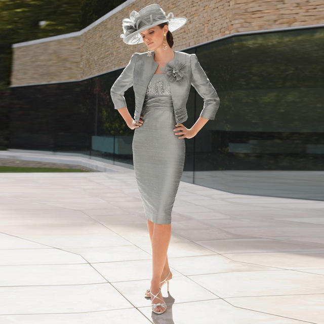 Gray Mother Of The Bride Dresses Sheath Knee Length Beaded With Jacket Plus Size Short Groom Mother Dresses For Wedding