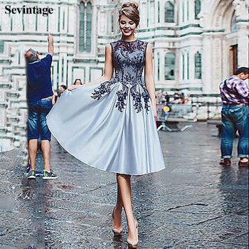Sevintage Knee-Length Short Cocktail Dresses Lace Appliques O-Neck Sleeveless Homecoming Gowns Satin Prom Party Dress for Girl 2020 light sky blue lace graduation short prom dresses bateau neck satin ruched mini homecoming party cocktail dress for girls