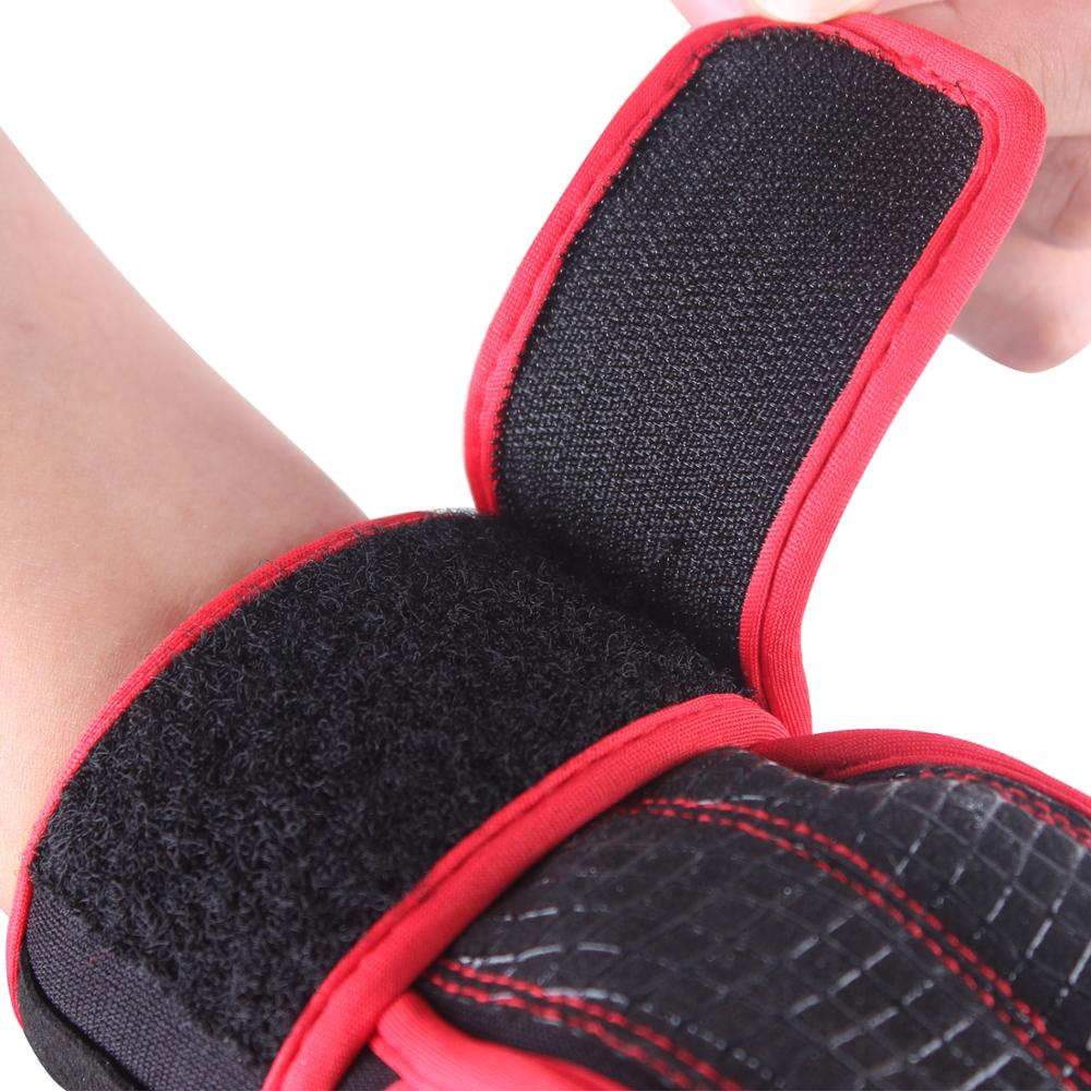 Red Weight Lifting Gloves And Support For Women 3