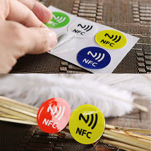 6 pçs impermeável pet material nfc adesivos inteligente ntag213 tags para todos os telefones nfc tags programáveis