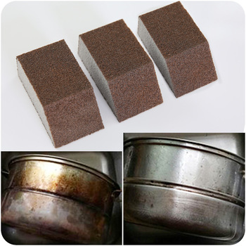 King Kong sponge scrubbing kitchen wash pot to remove rust and scale washing dishes clean sponge image