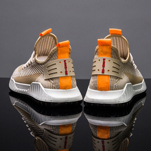 2019 New Fashion Shoes male Sneakers Mens shoes casual color Sports Zapatos Hombre