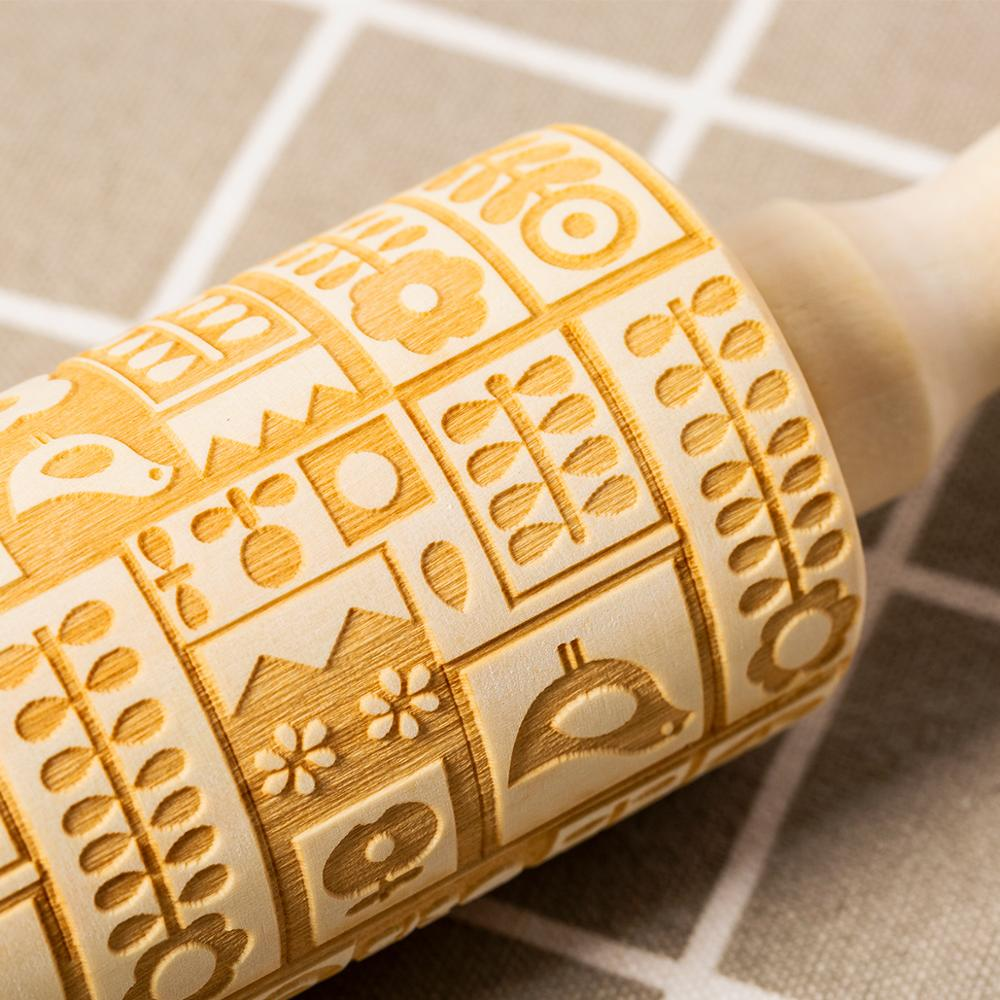 Hardwood Embossing Rolling Pin Perfect for decorating Fondant Cake and Cookie 4