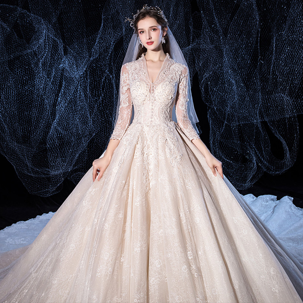 Image 4 - Beading Sequined Appliques Lace V neck Long Sleeve Gorgeous Ball Gown Wedding Dress With 1.5m Picture Chapel Train  ChinaWedding Dresses   -