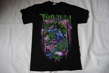 Camiseta Trivium Zombie Sharks nuevo oficial en Waves Shogun Crusade Ascendancy