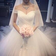 Милое Королевское бальное платье с шлейфом, Тюлевое свадебное платье, шапка класса люкс, рукава на шнуровке, с открытыми плечами, свадебные платья принцессы