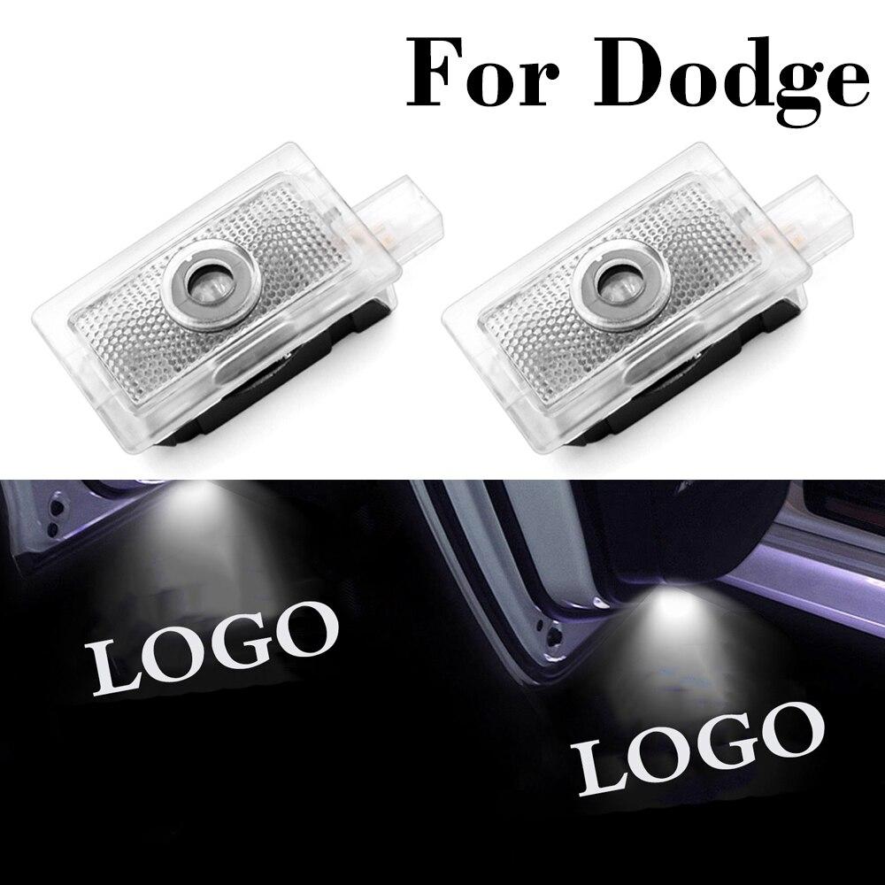 LED araba kapı hoşgeldiniz işık Dodge Avenger için şarj Magnum araba logosu lazer projesi hayalet gölge nezaket lamba dekor aksesuarları