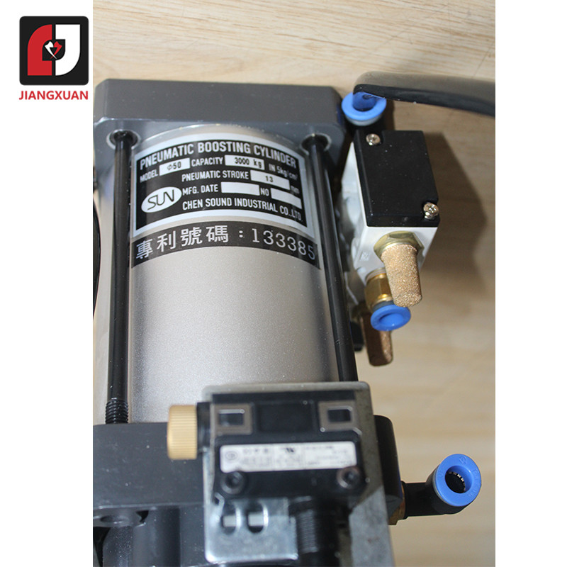 Cylindre de suralimentation pneumatique de somme de Taiwan de 3T 4.5T 6T 3000KG 13MM
