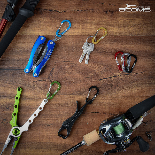 Small Carabiner <div> CC1 Fishing Small Carabiner Clips Multi Tool, Quickly buckles and release, Hang up at your fingertips, Lightweight but durable. </div> <div></div> - FitnessKim