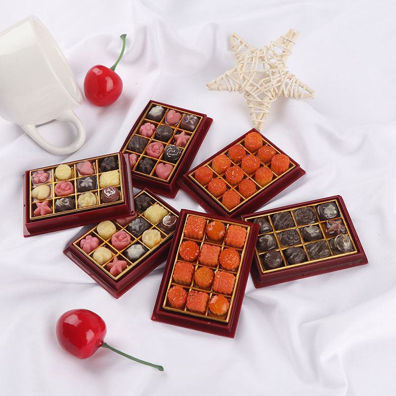 1Set 1/6 Scale Mini Moon Cake Chocolate Model Play Kitchen Food Toy Dollhouse Miniature For Doll House Accessories