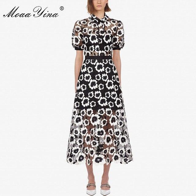 MoaaYina Moda Tasarımcı Pist elbise Sonbahar Kadın Elbise Balıkçı Yaka Kısa kollu Soyut Gipür dantel kesik dekolte Elbiseler