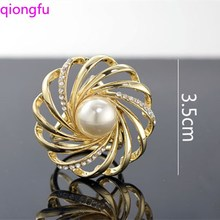 Korean Style Simple Flower Silk Scarf Buckle Pearl Crystal Silk Scarf Ring Stewardess Ol Zhensanhuan Female Shawl Buckle Corsage funmor korean round lady brooches simulated pearl metal corsage circle scarf decoration hair sweater cloak buckle pins jewelry